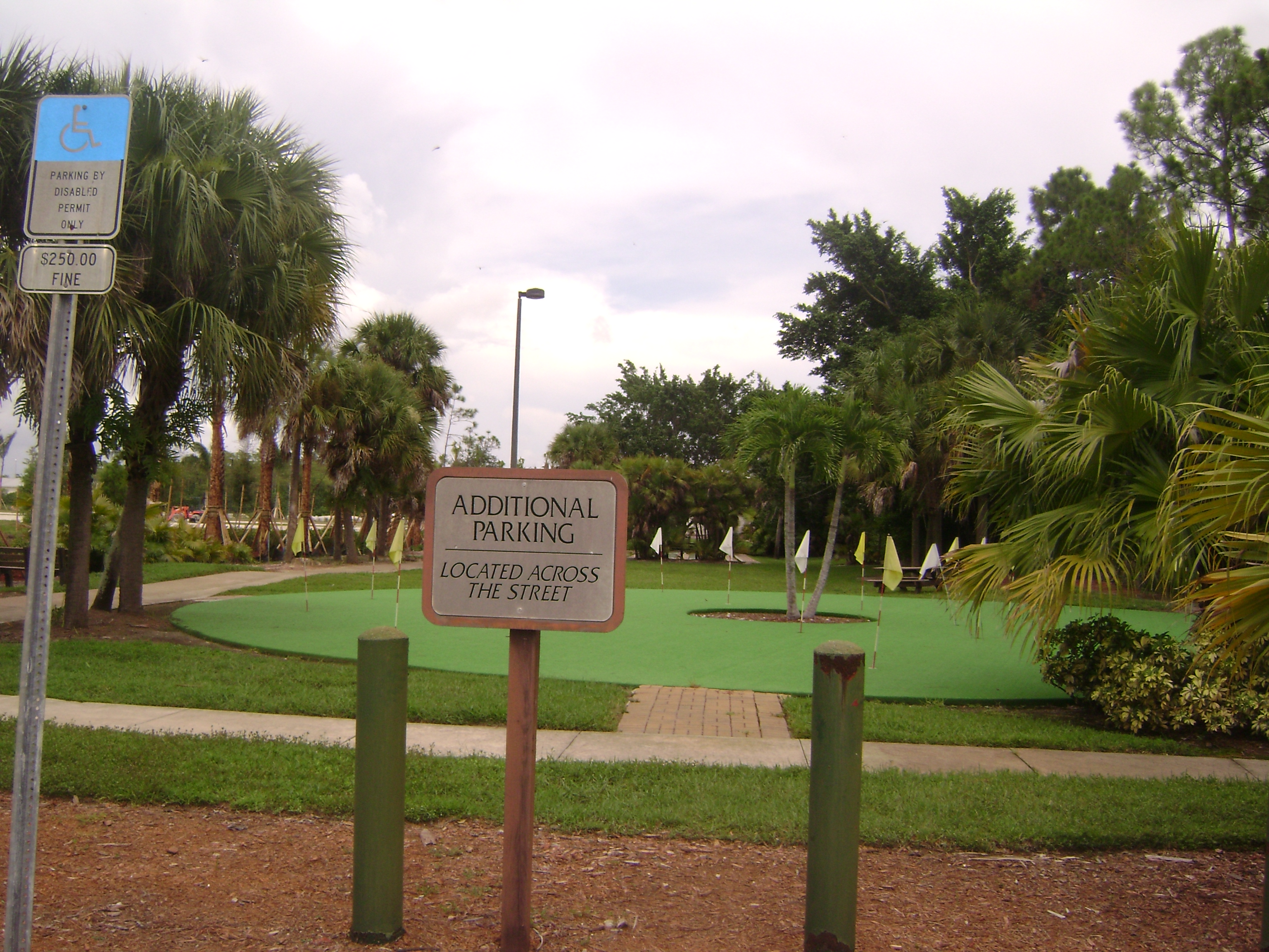 Putting Green at Falling Waters in Napels, Florida.