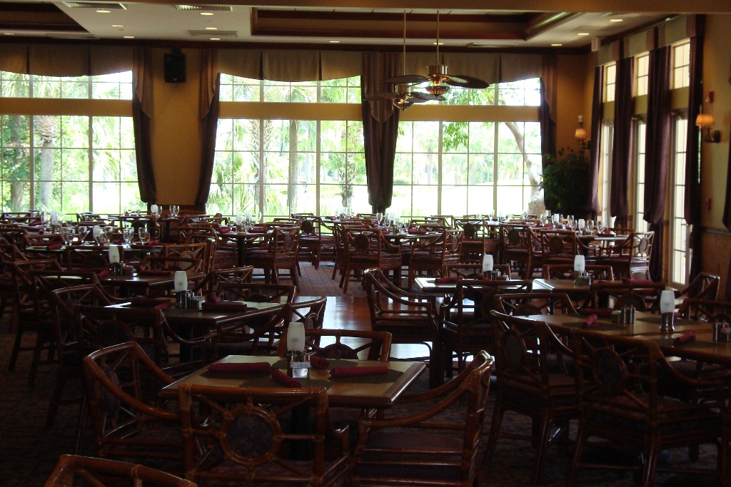 Dining room at Forest Glen in Naples, Florida.