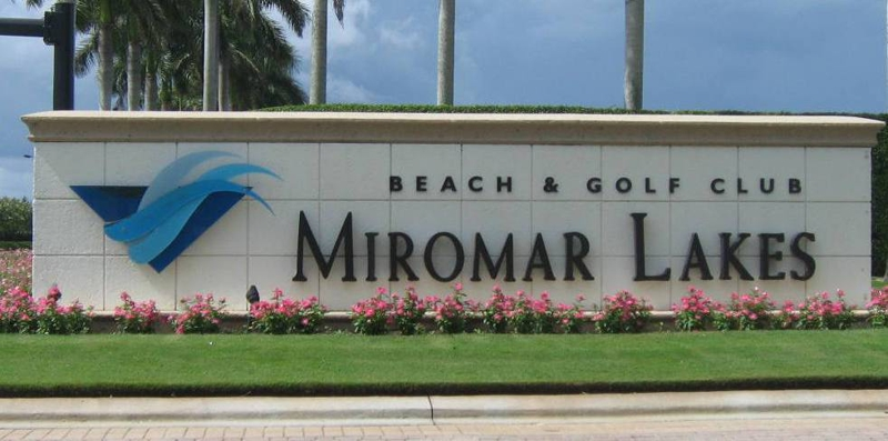 Sign at Miromar Lakes in Fort Myers, Florida.